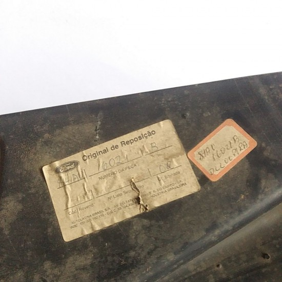 Caixa de Roda Escort 87/92 Dianteira Esquerda Original Ford
