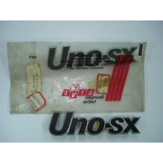 Emblema Uno-SX Plástico