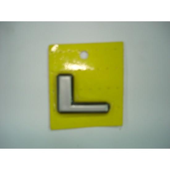 Emblema L Plástico